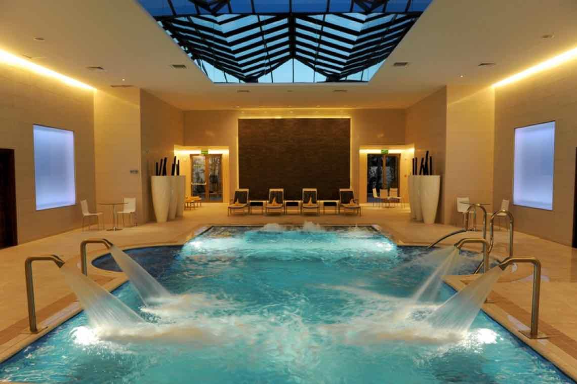 Concevoir et fabriquer votre piscine à débordement à moindre coût?